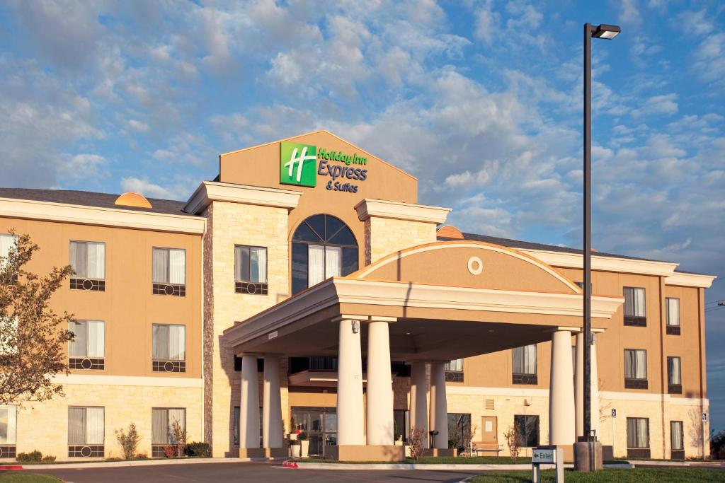 Holiday Inn Express Hotel & Suites Amarillo South, an IHG Hotel