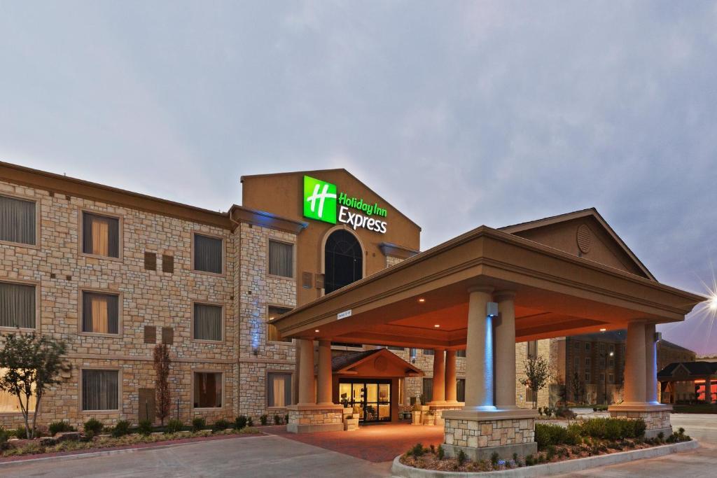 Holiday Inn Express Hotel & Suites Oklahoma City Northwest, an IHG Hotel