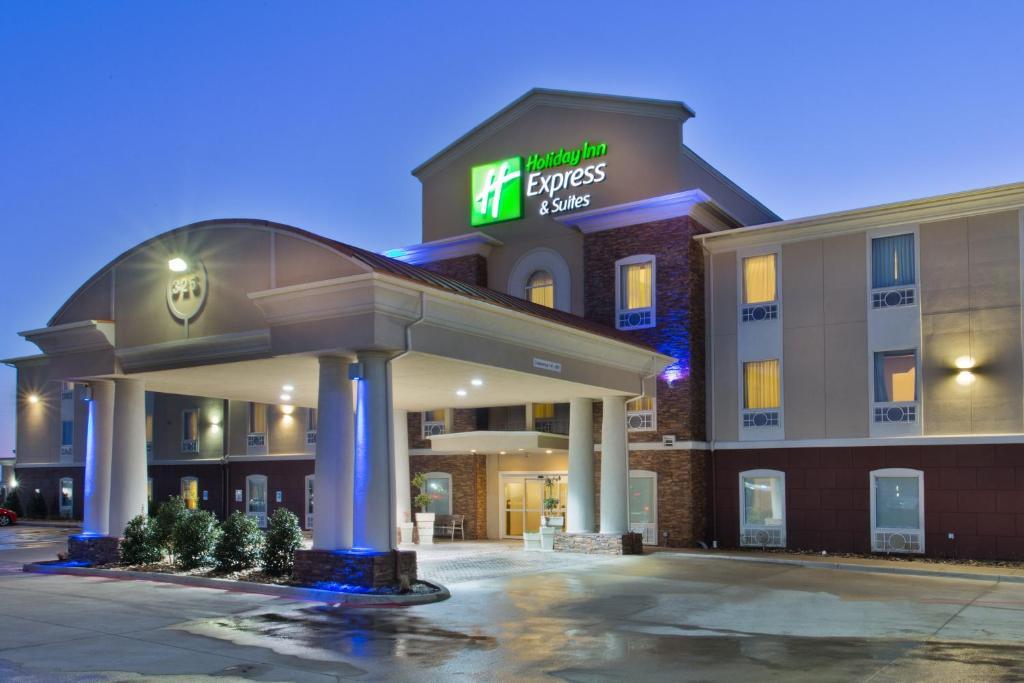 Holiday Inn Express Hotel & Suites Alvarado, an IHG Hotel