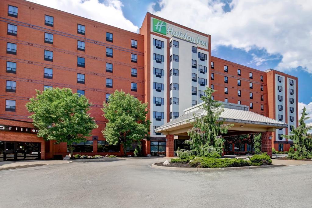 Holiday Inn Windsor - Ambassador Bridge, an IHG Hotel