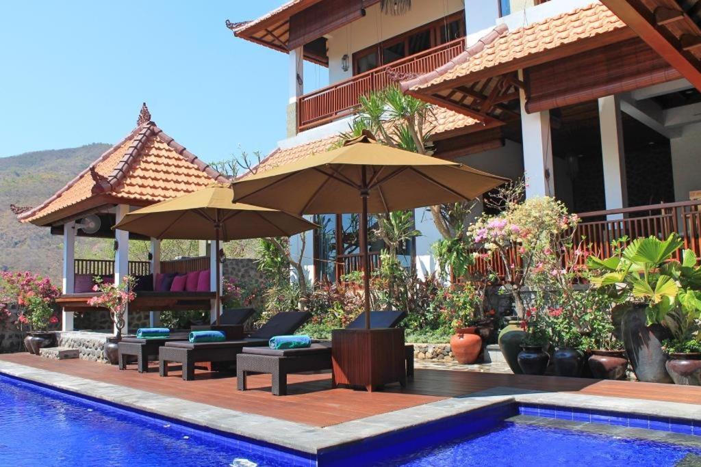 Villa Bukit Malas 4, 4 Bedroom Villa and Pool