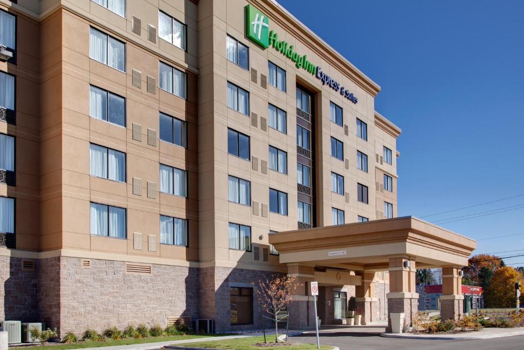 Holiday Inn Express Hotel & Suites Ottawa West-Nepean, an IHG Hotel