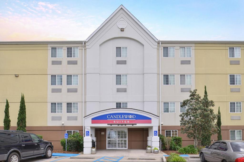 Candlewood Suites Lafayette, an IHG Hotel