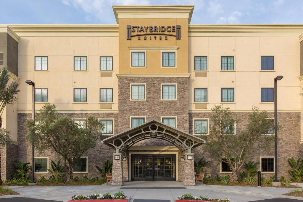 Staybridge Suites Corona South, an IHG Hotel