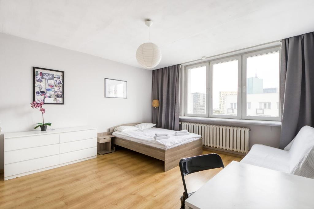 Apartment on10th floor near Old Town