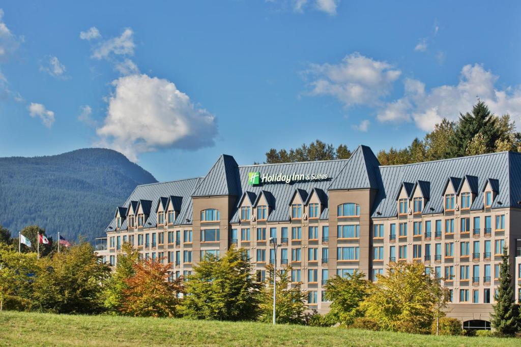 Holiday Inn North Vancouver, an IHG Hotel