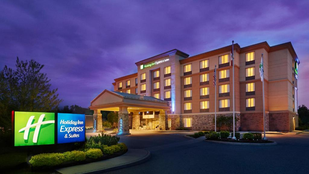 Holiday Inn Express & Suites Huntsville, an IHG Hotel