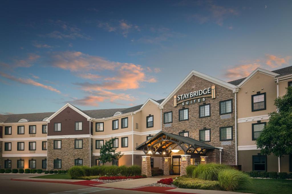Staybridge Suites West Fort Worth, an IHG Hotel