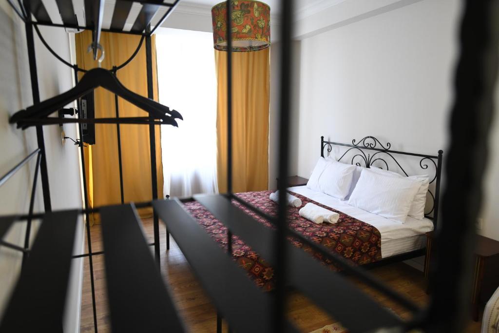 Batoni Apartments