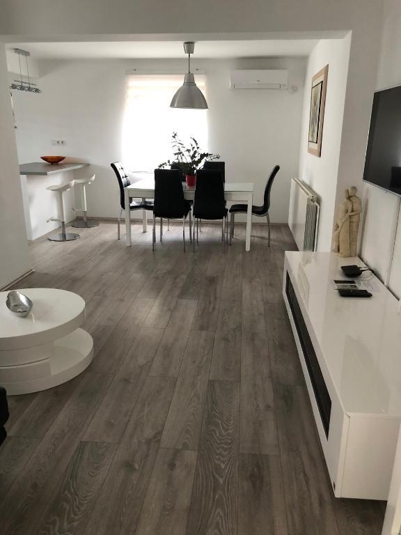 Apartment in Krk/Insel Krk 34204