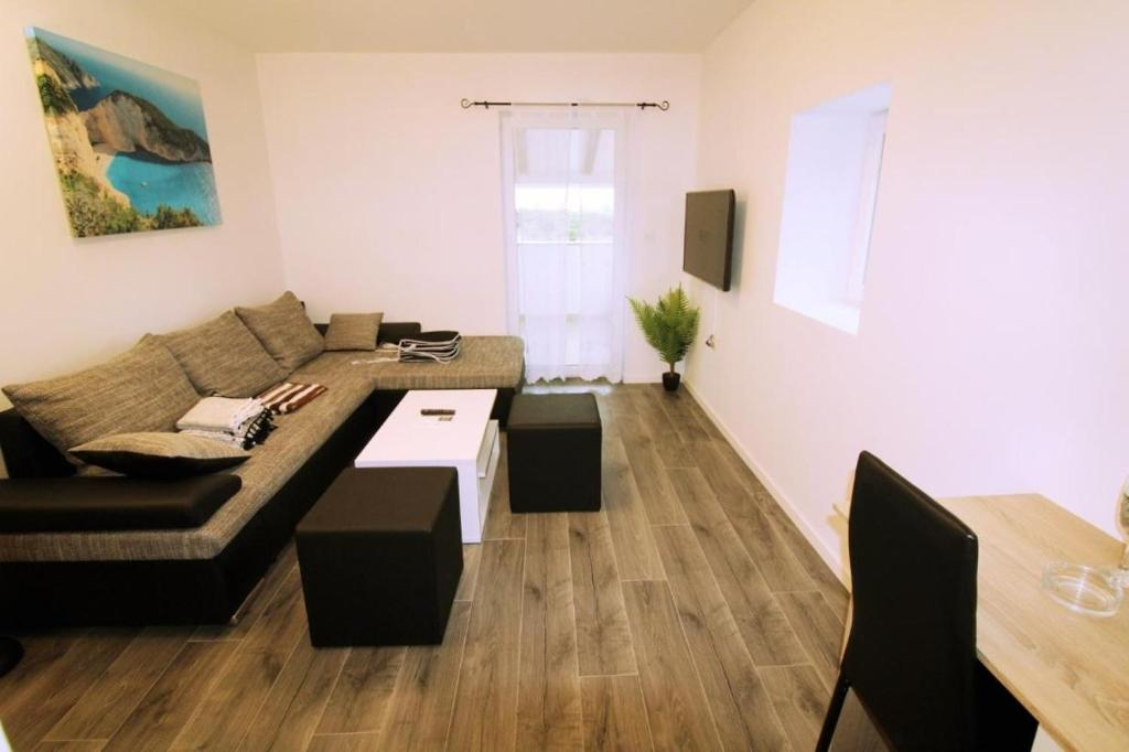 Apartment Velenik 2 - Two Bedrooms