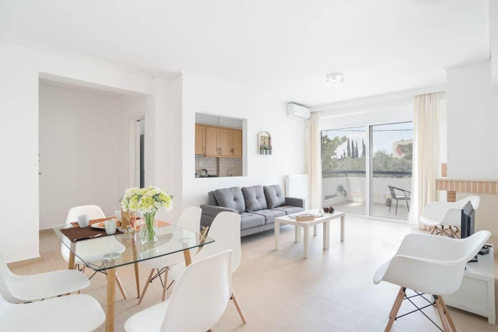 Marousi elegant apartment A2-close to mall & metro (MAR235A2)