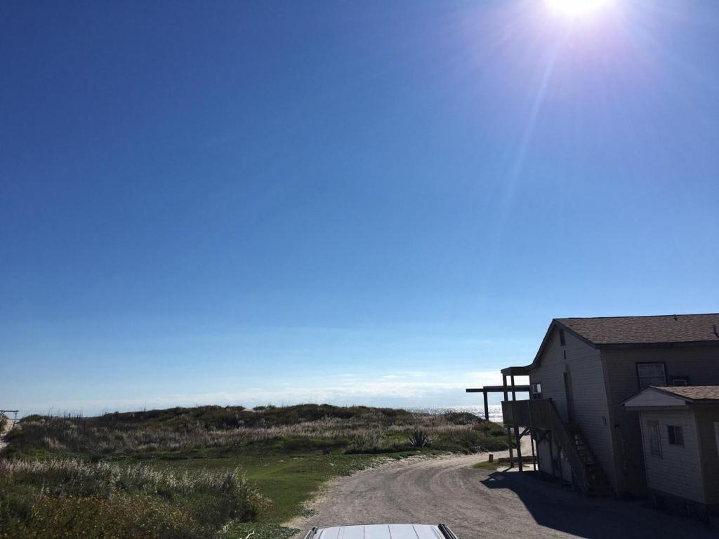 Beachgate Condo Suites and Hotel 211+213