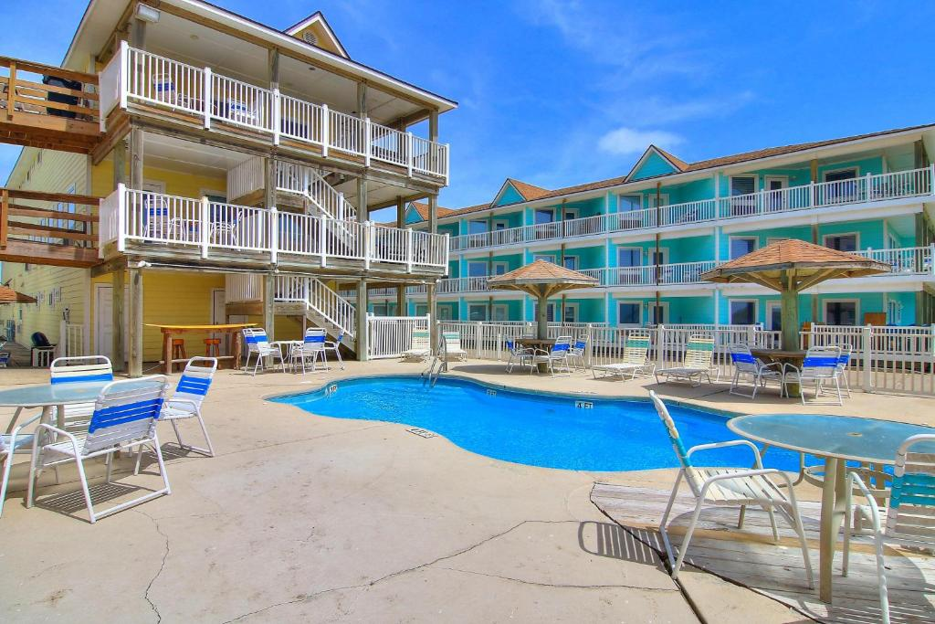 Beachgate Condo Suites and Hotel 217+218+219