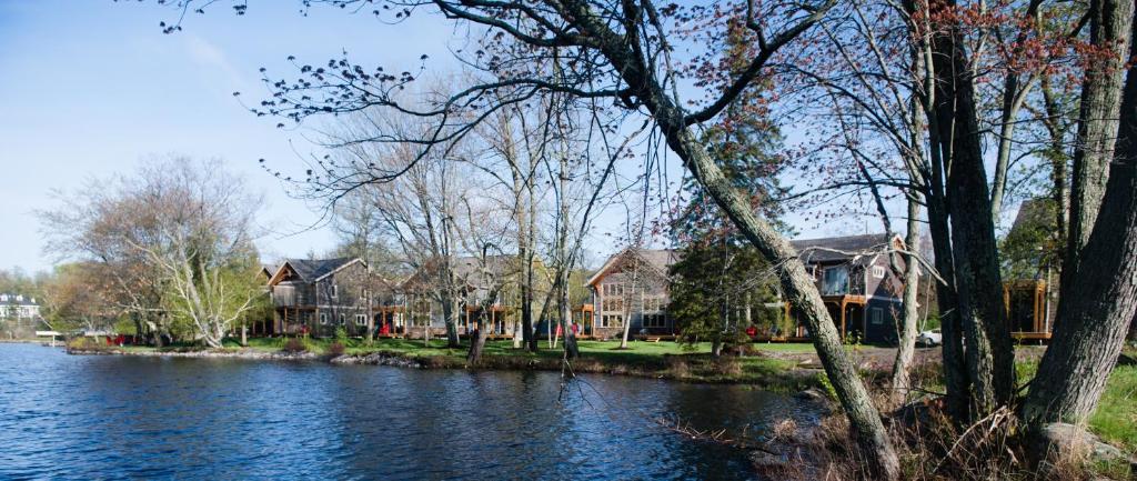 Villas of Muskoka 6B