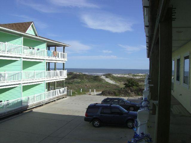Beachgate Condo Suites and Hotel 423