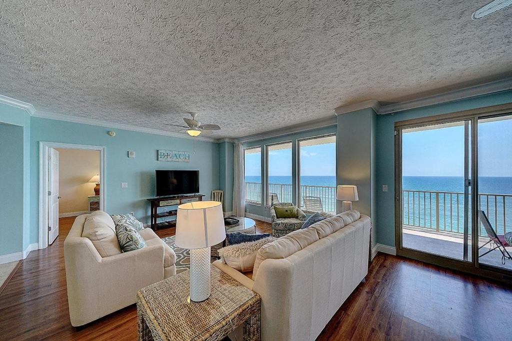 Newly Listed, Gulf Crest 702 w/Free Beach Chairs