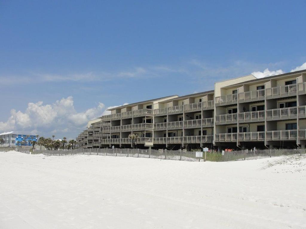 Getaway and Relax! Gulf Front Condo in Peaceful Complex on West End!