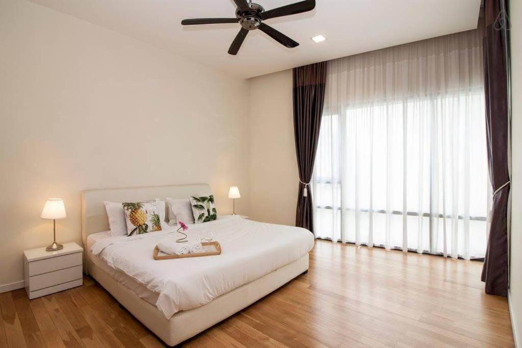StMary-5: Luxurious 3BR, 10min to KLCC, KL Tower