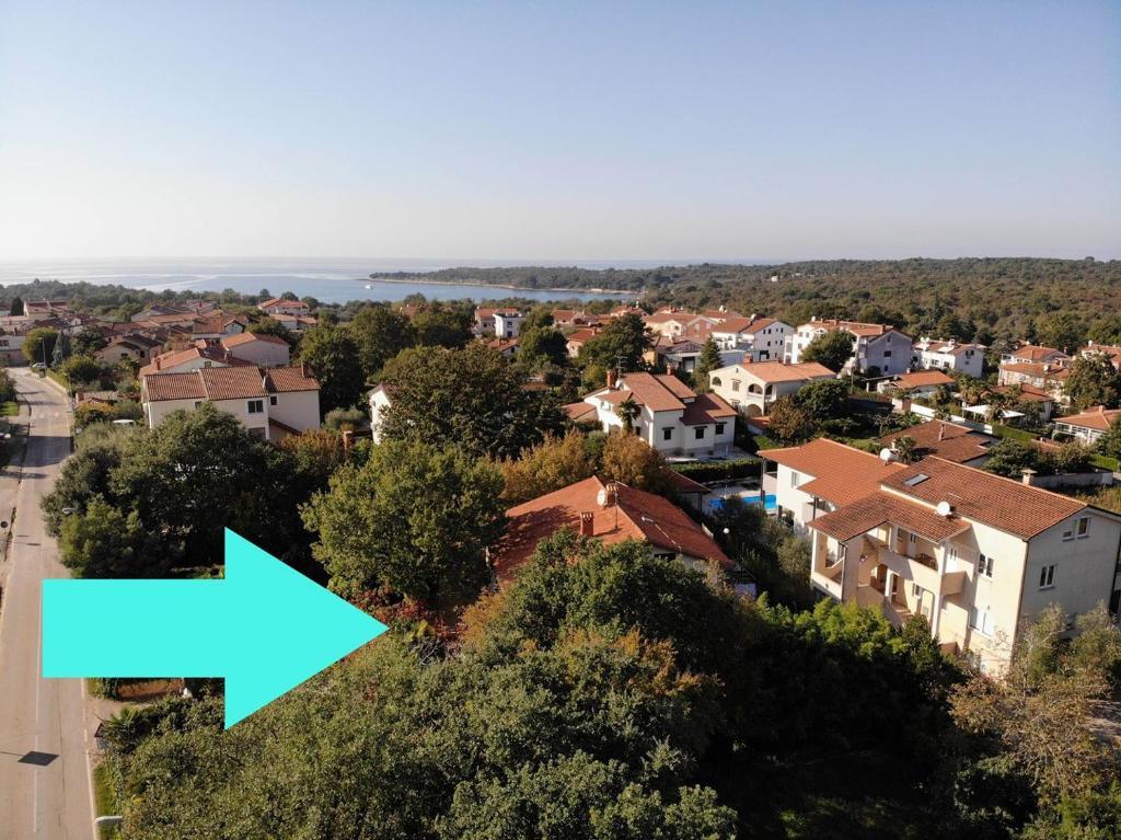 APARTMENT HOUSE VILLA ELDA BEACH AREA POREČ MAJ FOR MAXIMUM 12 PERSONS
