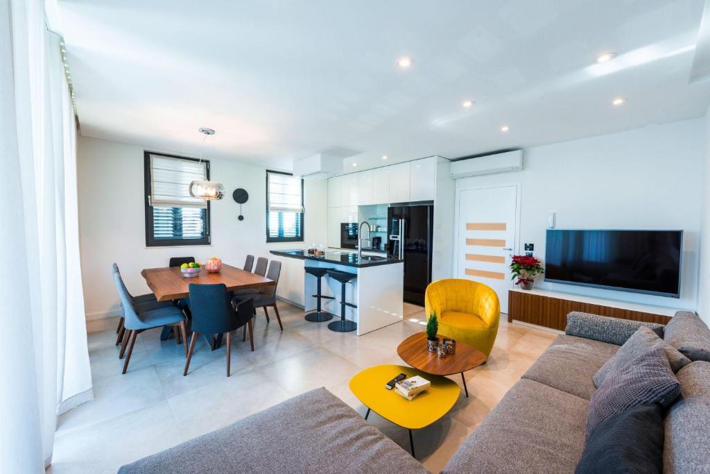 Saint-Blaise-Luxury-Suite