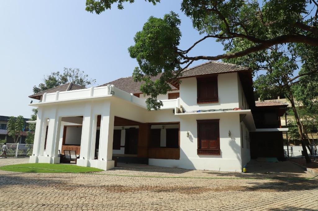 Surya Heritage Hotel