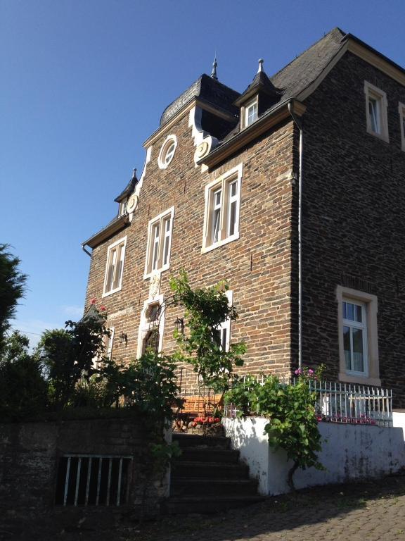 Haus Nummer 1, Moselblick