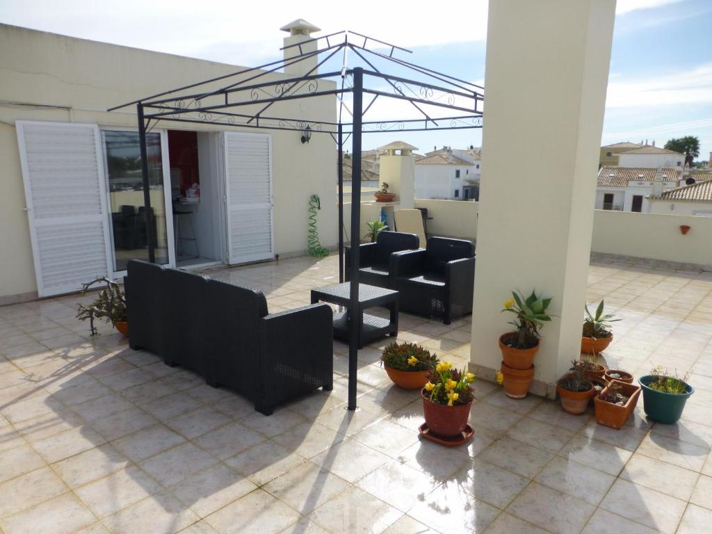 Algarve,T2 with wonderfull terrace, Alcantarilha