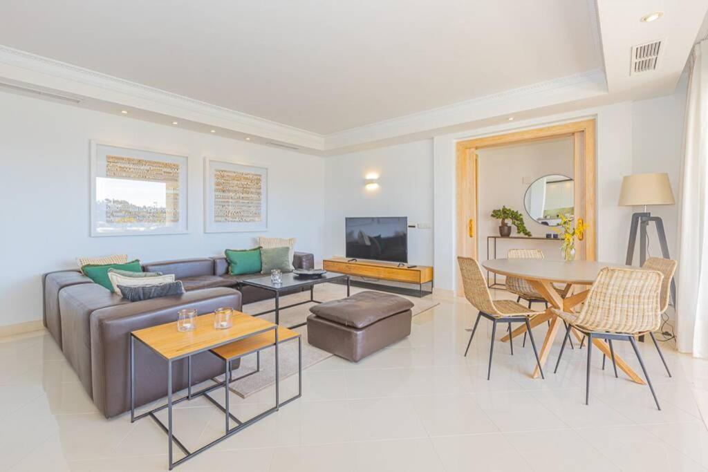 De Luxe apartment Hotel del Golf - Las Brisas