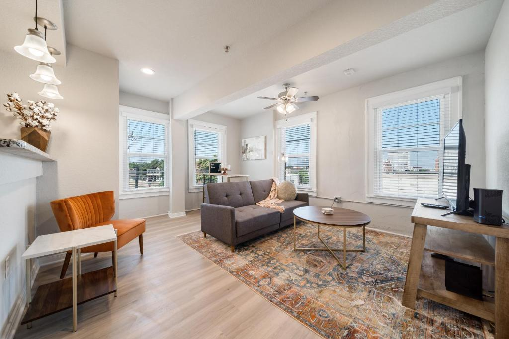 Stunning Waco Downtown Apartments