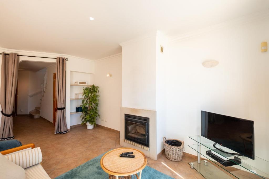 Charming Villa/Sea View/PrivateTerrace & Jacuzzi