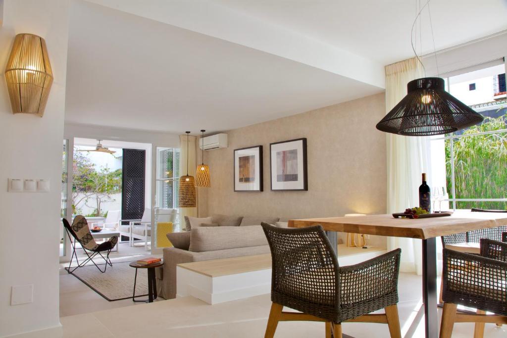 Top Apartment in Los Jardines de las Golondrinas