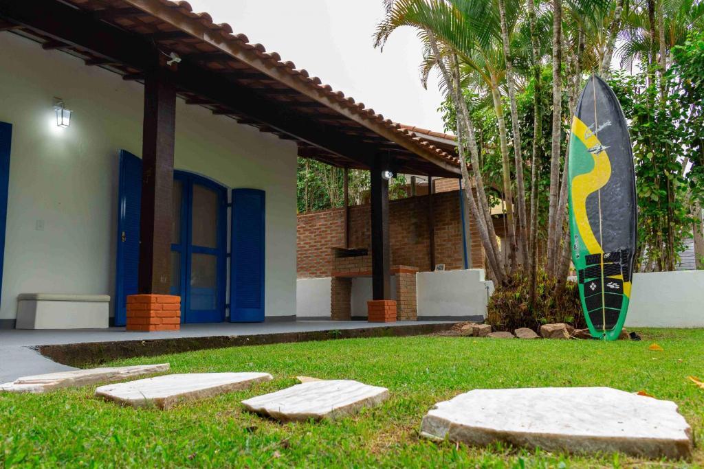 Guaecá: linda casa para 7 ao lado da praia