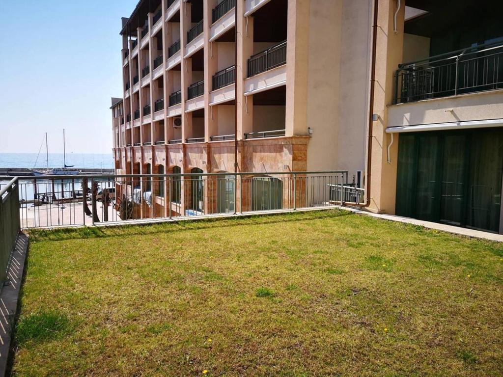 Двухэтажный апартамент в Балчик