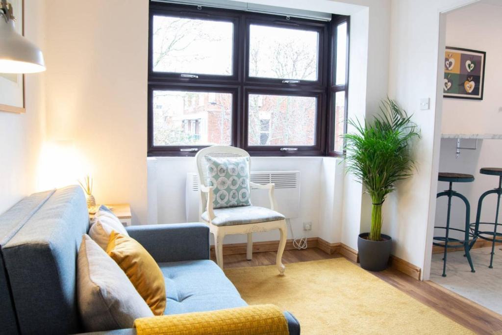 Stylish Studio Flat in West Kensington