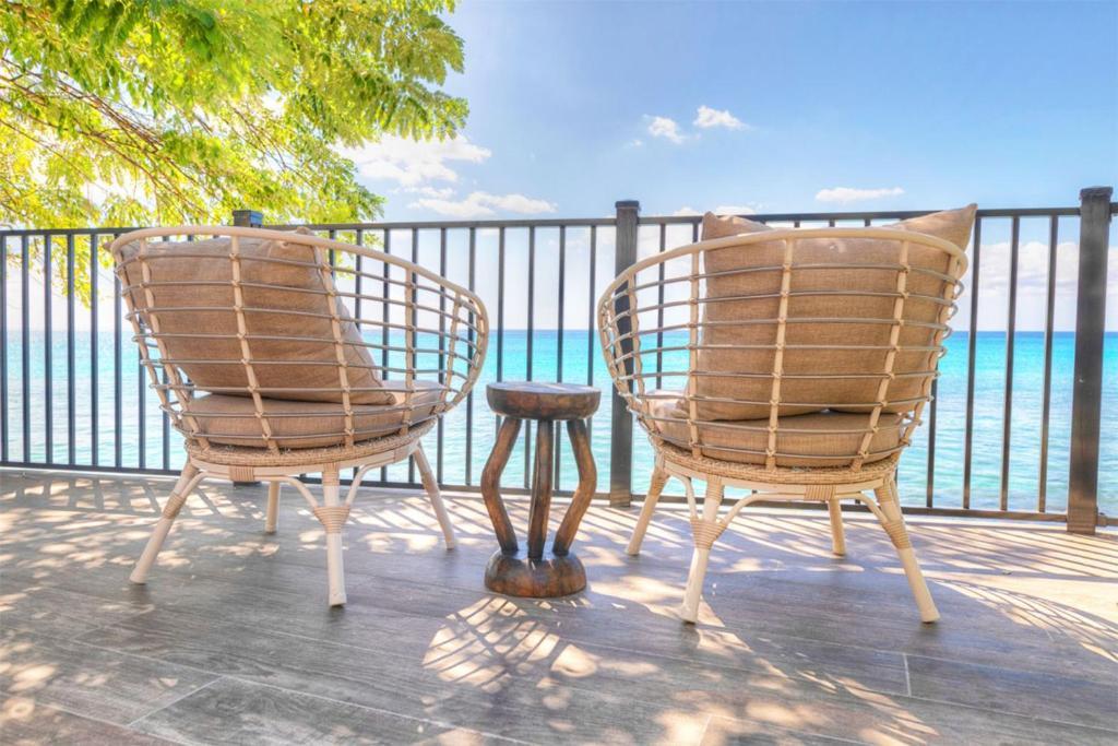 The Reef by Blue Sky Luxury