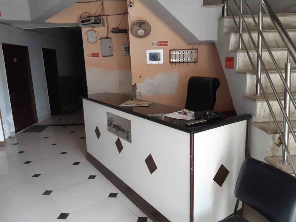 Maheshshwaram Guest House
