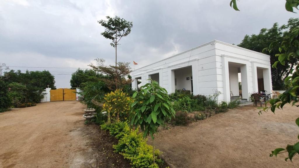 FARM HOUSE NEAR HYDERABAD