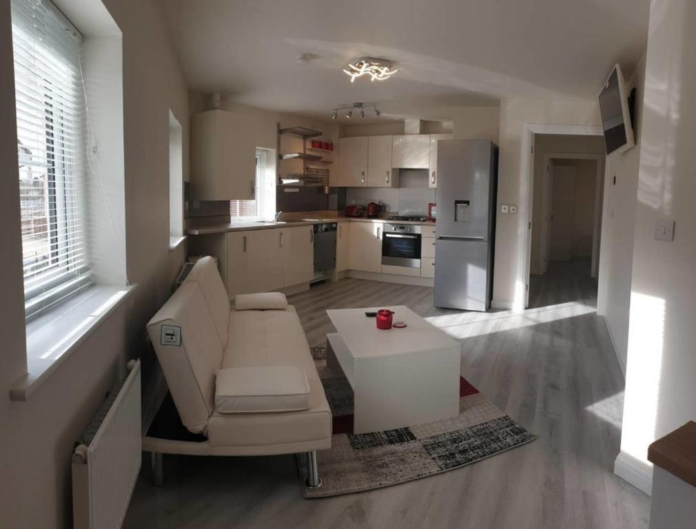 3 En-suite Bed Luxury Accommodation,Nr Warwick Uni