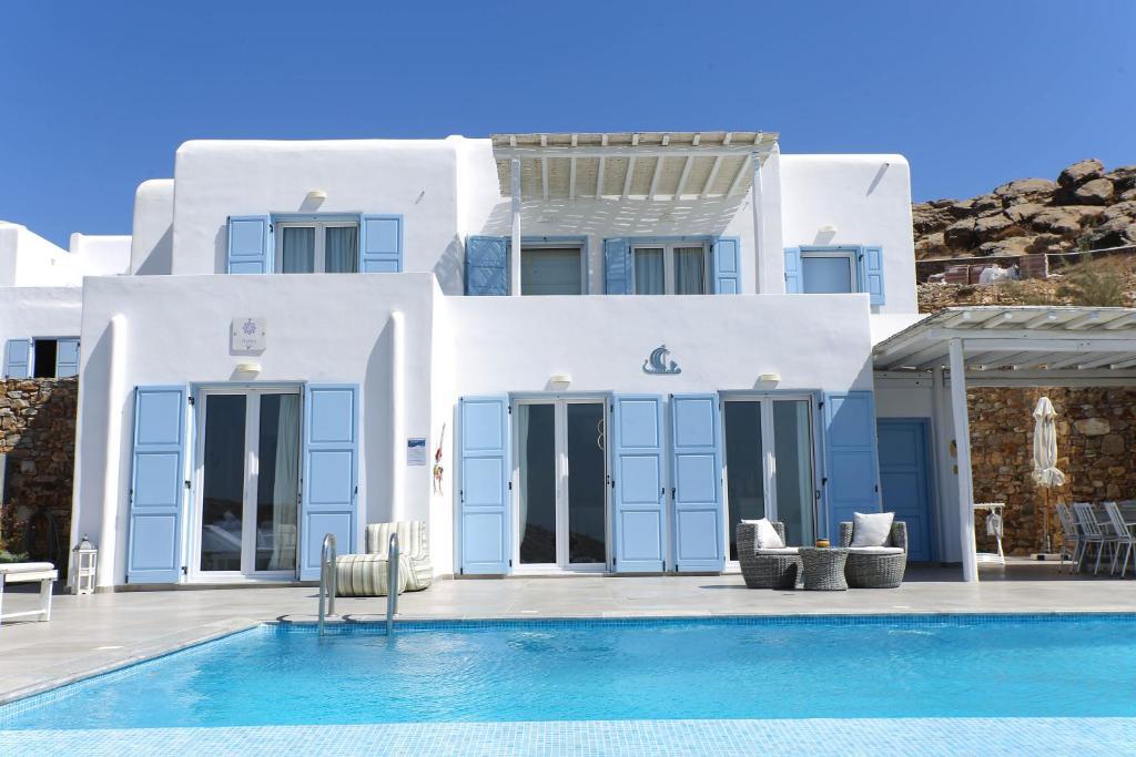 Artistic Villa Agapi, (private pool, sea view)