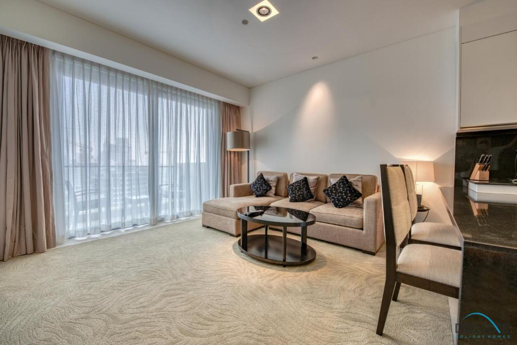 Luxury One Bedroom Apartment in The Address Dubai Marina by Deluxe Holiday Homes