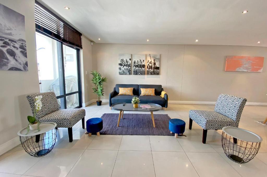 Luxury Beachfront Apartment 184 Eden on The Bay