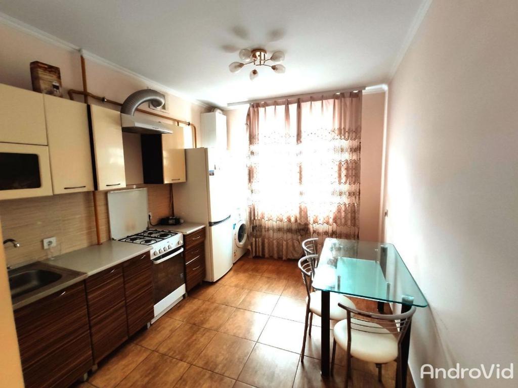 Апартаменти в новобудові біля парку Шевченка