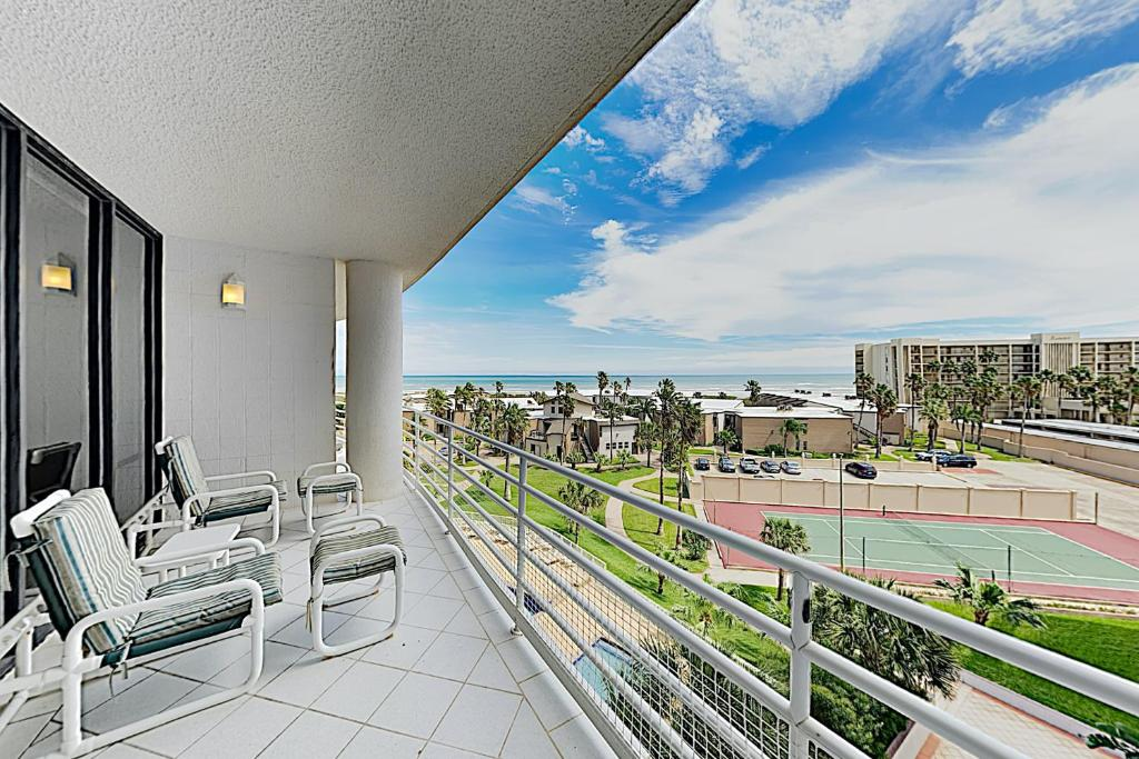 New Listing! Posh All-Suite Beach Condo w/ Pool condo