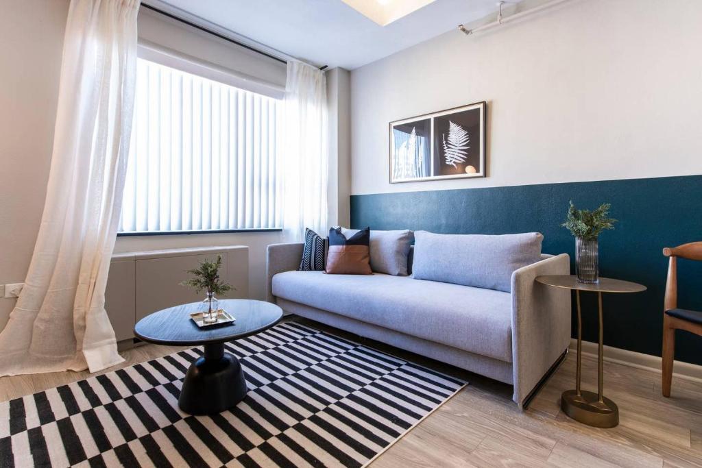 Abode Vue at 3rd 1-Bedroom Loft Style Suite (1005)