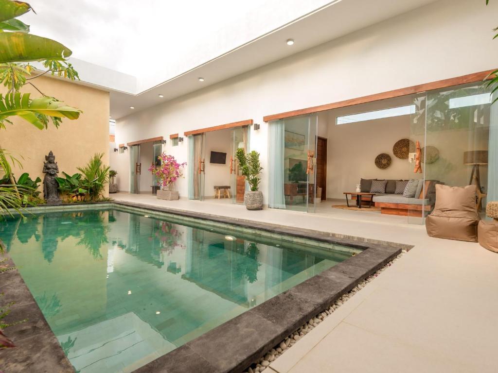 3BR Villa Esana