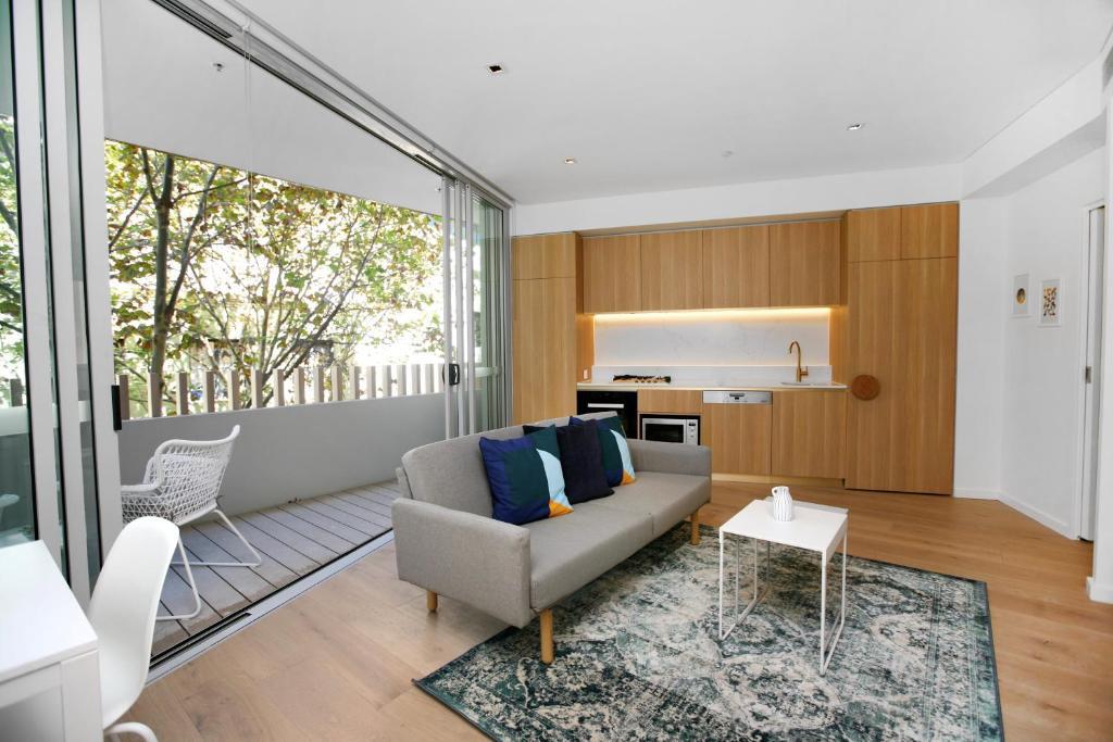 Top Notch 1 Bedroom 201 CALIBRE