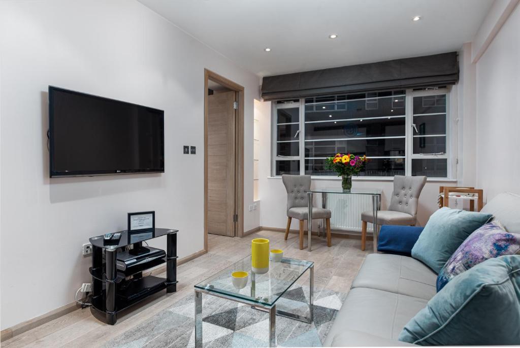 Apartment 216 - Nell Gwynn House, Chelsea