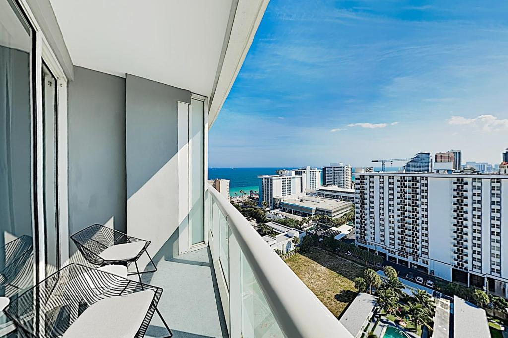 New Listing! Modern Resort Condo with Ocean View condo