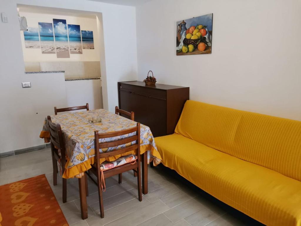 Casa vacanze Gatto Volpa, a Porto Pino spettacolo in Sardegna img3